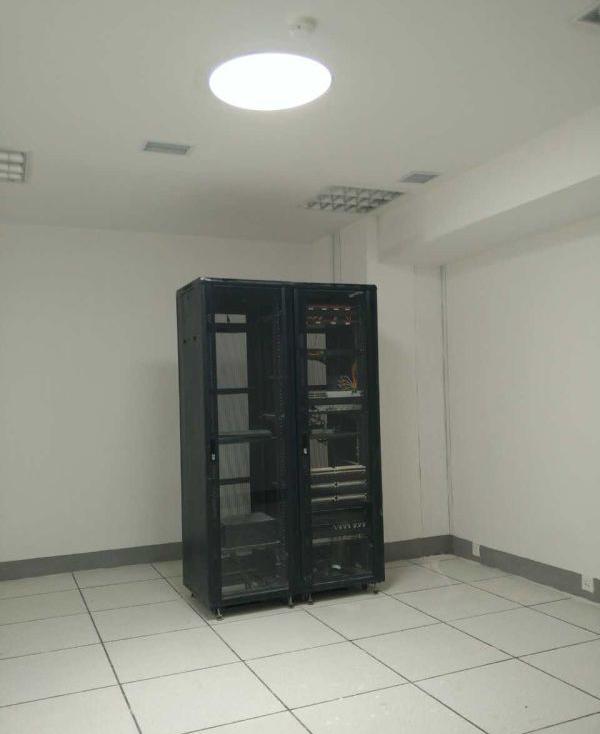 光导管照明办公室应用