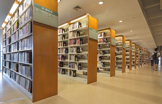 光导照明可应用于图书展示